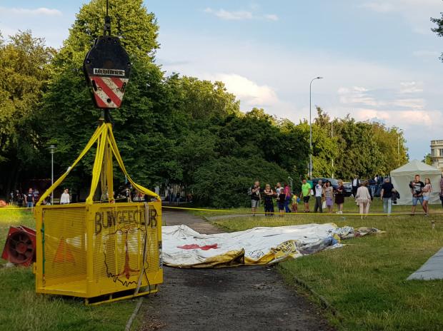 Z tej gondoli skakał uczestnik feralnego skoku na bungee w Gdyni.