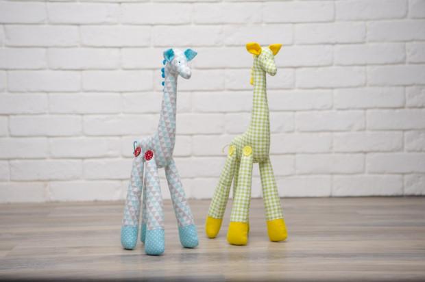 Pluszaki to wciąż jedne z najbardziej uwielbianych zabawek dla dzieci.