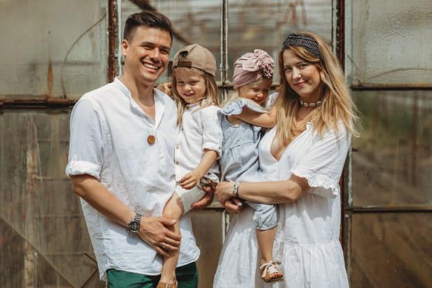 Looks by Luks to firma projektująca turbany i opaski, którą tworzy małżeństwo: Sylwia i Marcin.