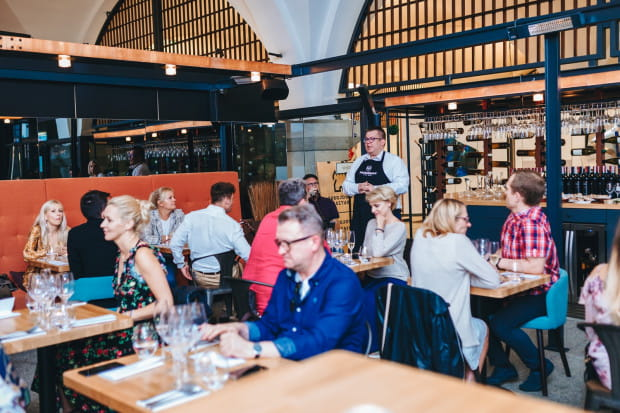 W Wine Bar Probiernia odbyła się degustacja dostępnych tu bestsellerowych win i dań przygotowanych we współpracy z restauracją Fino.