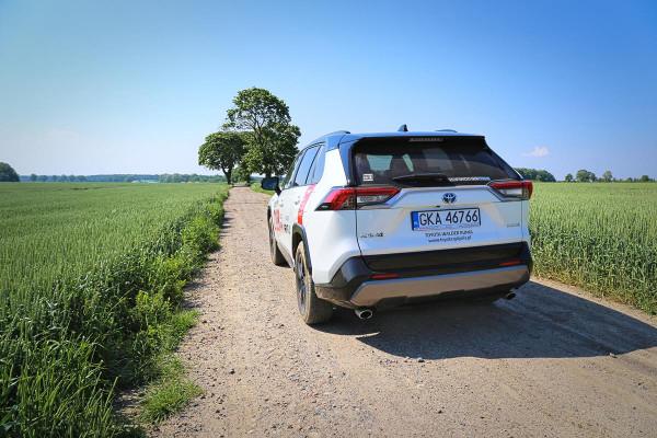 Na jazdy testowe nową RAV4 można umówić się m.in. w salonach Toyoty Walder w Chwaszczynie i Rumi.