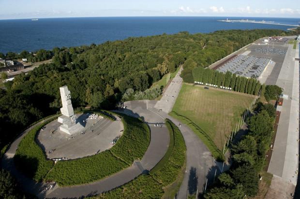 Obchody 80. rocznicy wybuchu II wojny na Westerplatte znów budzą emocje.