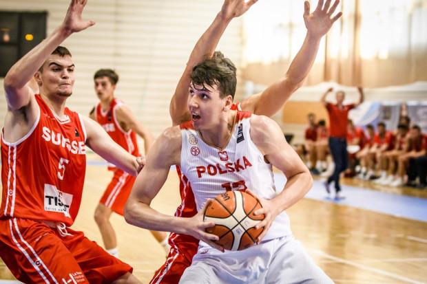 Koszykarz Trefla Sopot Szymon Zapała w ostatnim meczu grupowym z Estonią zdobył 16 punktów. To było jednak za mało, bo Polska przegrała 59:63.