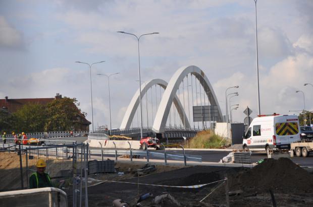 Nowy wiadukt Biskupia Górka będzie gotowy jesienią 2020 r., ale pierwsi kierowcy po jednej z nitek pojadą już za kilka tygodni.