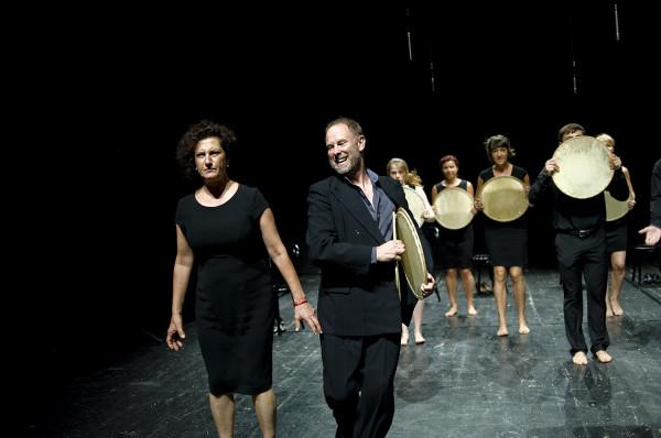 """Spektakl """"Pieśni Leara"""" można zobaczyć we wtorek 27 sierpnia o godz. 18 i 21."""