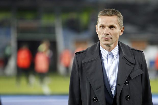 Tomasz Wałdoch jest wychowankiem Stoczniowca Gdańsk, obecnej Polonii. W latach kariery występował w barwach m.in. Górnika Zabrze, VfL Bochum i Schalke 04 Gelserkirchen.