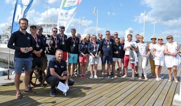 Uczestnicy morskich żeglarskich mistrzostwach Polski ORC załóg dwuosobowych.