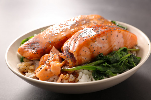W letnim menu powinno znaleźć się zarówno miejsce na gotowane, jak i świeże warzywa.