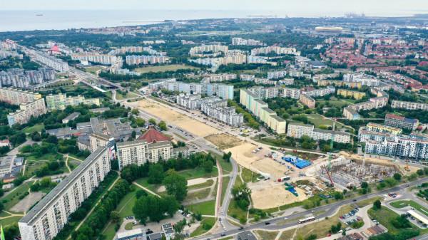 Betonowy pas startowy na Zaspie powstał zaraz po II wojnie światowej. Wschodnia część jest już zabudowana.