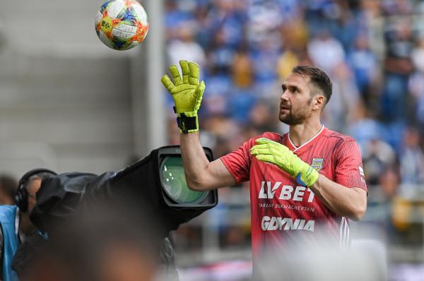 Pavels Steinbors był najlepszym bramkarzem 5. kolejki w PKO BP Ekstraklasa, a przed meczem został uhonorowany tytułem najlepszego piłkarza na tej pozycji w historii Arki Gdynia.