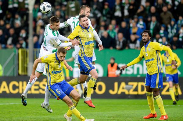 Piłkarze Lechii Gdańsk i Arki Gdynia 66. edycję Pucharu Polski rozpoczną od meczów wyjazdowych. Biało-zieloni pojadą do Wejherowa, a żółto-niebiescy do Opola.