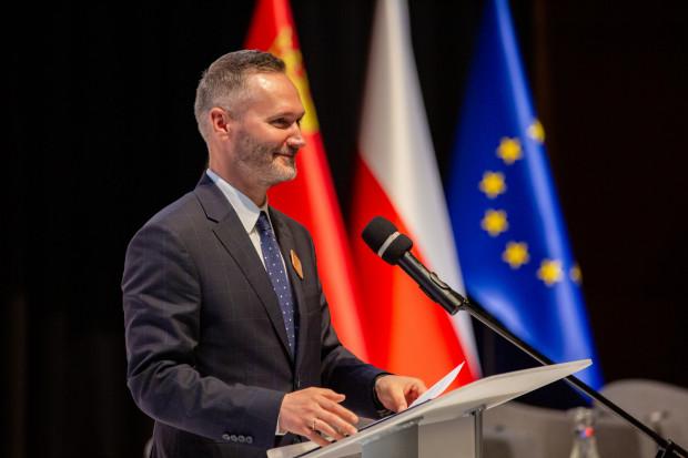 """Jarosław Wałęsa ostatecznie porozumiał się z przewodniczącym PO i został """"dwójką"""" na listach KO do Sejmu."""