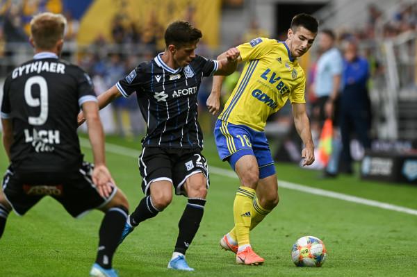 Kamil Antonik liczy, że w końcu strzeli debiutanckiego gola w ekstraklasie, a Arce Gdynia uda się sięgnąć po 3 punkty.