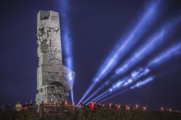 Gdańsk zorganizuje tradycyjne uroczystości z okazji 80. rocznicy wybuchu II wojny na Westerplatte, jednak centralne uroczystości z udziałem głów 20 państw świata odbędą się w Warszawie.