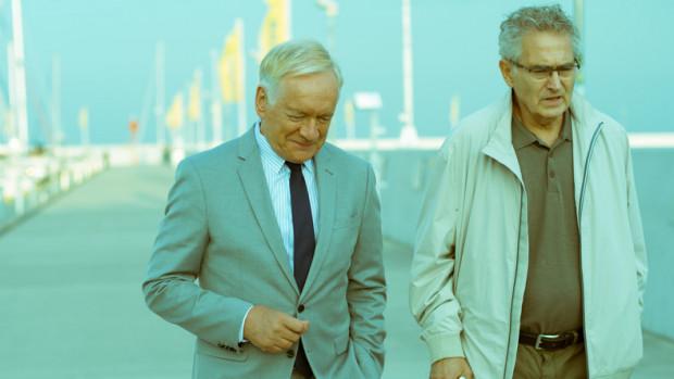 """Zdjęcia do """"Solid Gold"""" Jacka Bromskiego kręcono m.in. w Gdyni, a scenariusz filmu jest luźno oparty na wątkach afery Amber Gold."""