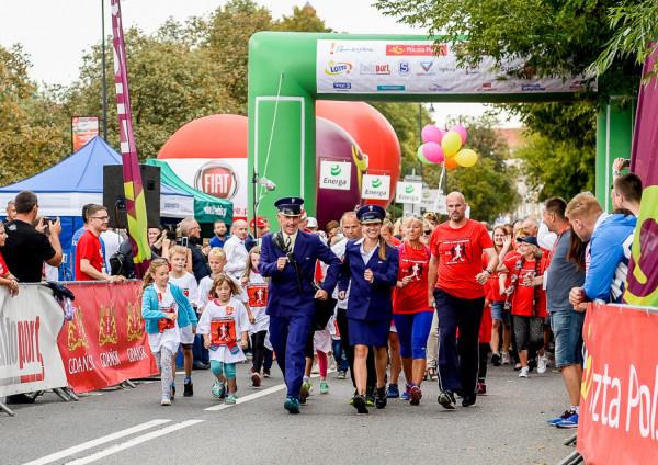 """7 września w Gdańsku każdy chętny może wystartować w """"Chodzie z listonoszem"""" na 1000 m oraz w """"Biegu pocztowca"""" na 5 km."""