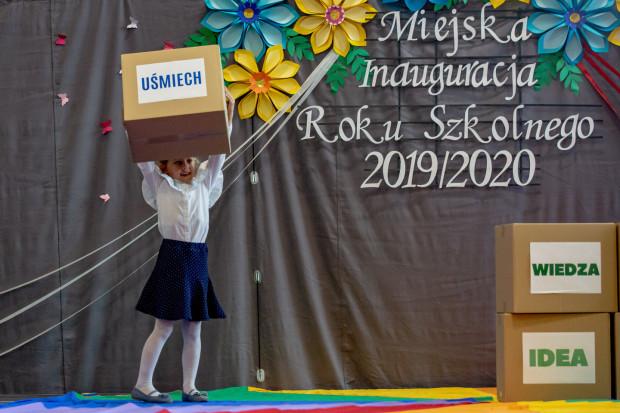 Miejska inauguracja roku szkolnego w SP nr 6 na Jasieniu.