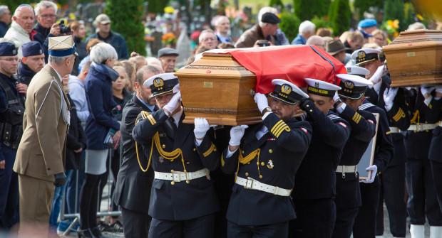 Na razie nie wiadomo, czy pogrzeb Piotra Kołodziejczyka odbędzie się z asystą wojskową. Na zdjęciu pogrzeb Józefa Unruga.