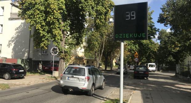 Wyświetlacze pojawiły się w miejscach, gdzie kierowcy nagminnie przekraczali prędkość.