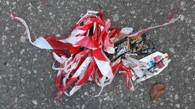 Śmieci znalezione przez pana Mikołaja na trasie Maratonu MTB w środę, dzień po zakończeniu czynności porządkowych przez organizatora