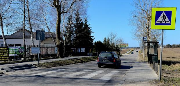 Lampy LED mają oświetlać przede wszystkim przejścia dla pieszych i okolice przystanków.