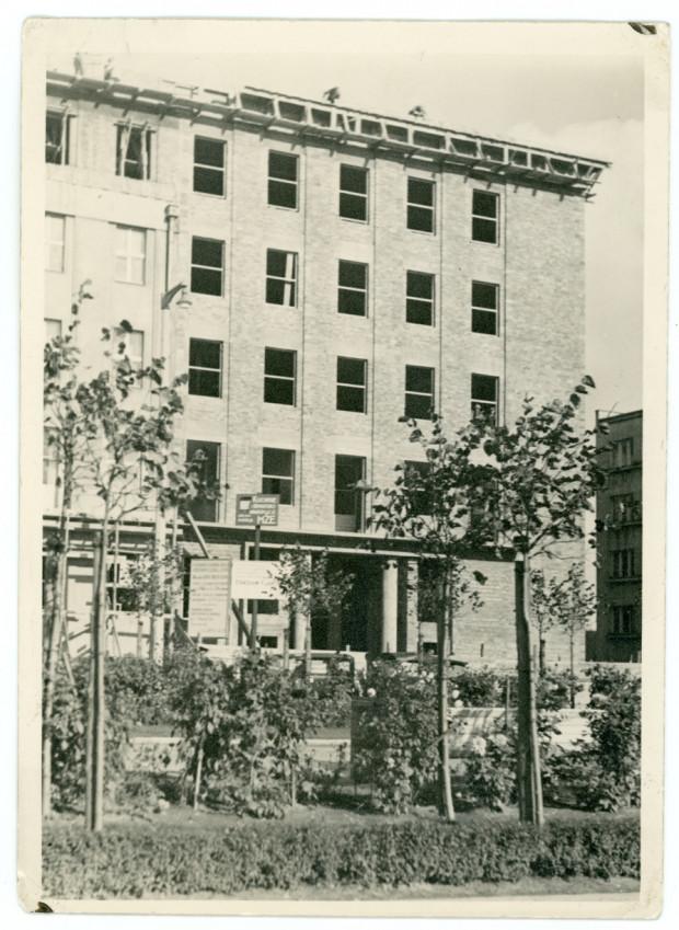 Rozbudowa gmachu Komisariatu Rządu w Gdyni o skrzydło przy al. Marsz. J. Piłsudskiego, 1937 r. Ze zbiorów Muzeum Miasta Gdyni.
