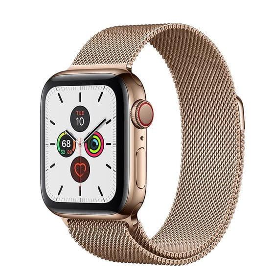 Dzięki szerokiej gamie kolorów oraz wzorów Apple Watch, oprócz funkcji kontrolującej nasze aktywności, może stanowić idealny dodatek do codziennych stylizacji.