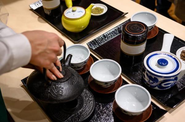 Zamiast ceremonii herbacianej odbył się wykład poświęcony zielonej herbacie, połączony z degustacją różnych jej odmian.