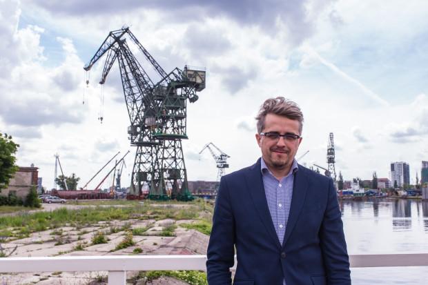 - Moją pasją jest praca, im lepsze efekty w pracy osiągam, tym bardziej jestem zadowolony prywatnie - twierdzi Paweł Lulewicz.