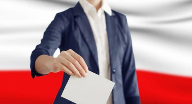 13 października wybory parlamentarne. 8 października mija czas na dopisanie się do spisu wyborców.