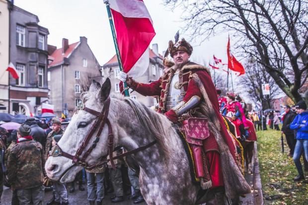 Stałe miejsce w kalendarzu imprez ważnych dla Gdańska jest Parada Niepodległości 11 listopada. Wydarzenie to dostało wsparcie w wysokości 270 tys. zł do 2022 roku.