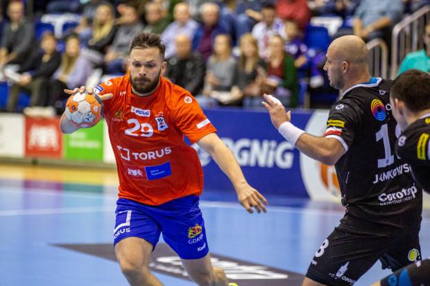 Mateusz Wróbel (nr 29) rzucił 11 bramek, ale Torus Wybrzeże Gdańsk nie dało rady Gwardii Opole.