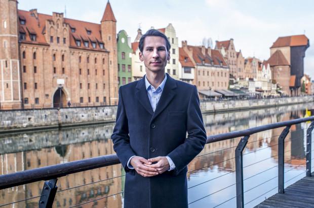 Jak dotąd najwięcej głosów w okręgu nr 25, obejmującym m.in. Gdańsk i Sopot, zebrał Kacper Płażyński (PiS) - 77,8 tys.