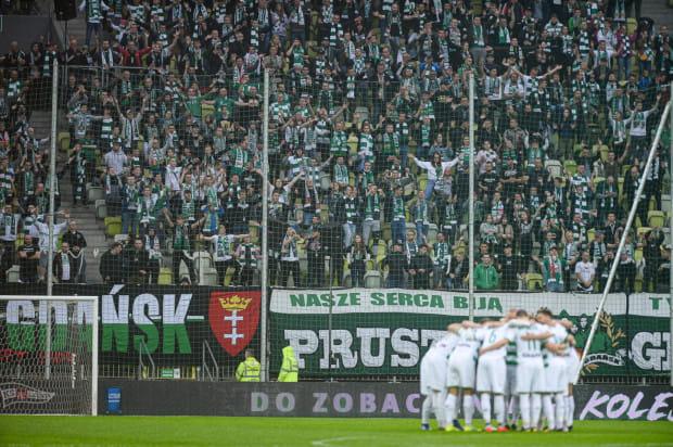Kibice Lechii Gdańsk nie zostaną wpuszczeni na mecz derbowy z Arką Gdynia - taką decyzję podjął wojewoda pomorski Dariusz Drelich.