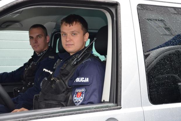 Policjanci odebrali zgłoszenie o tym, że w okolicy oliwskiego wzgórza Pachołek młoda dziewczyna chciała popełnić samobójstwo. 15-latkę udało się uratować.