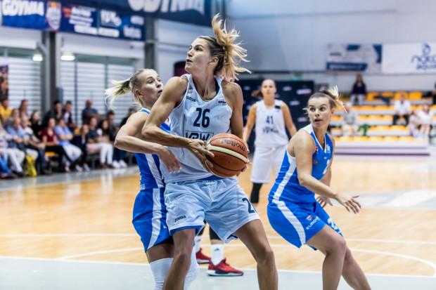 Arka Gdynia mierzyła się z AZS Uniwersytetem Gdańskim w okresie przygotowawczym. Wówczas to lepsze były podopieczne Gundarsa Vetry, które wygrały 87:40.
