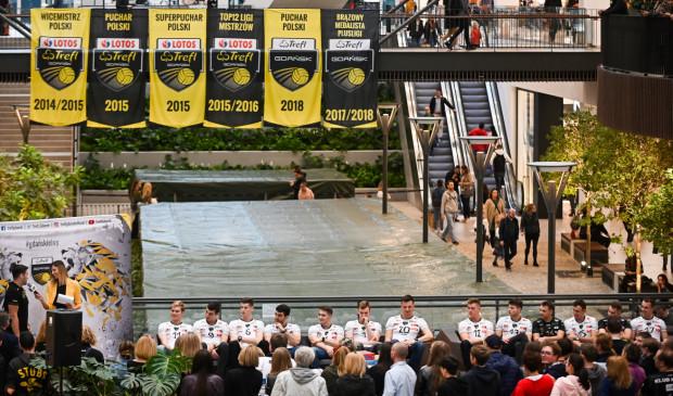 Siatkarze Trefla Gdańsk zaprezentowali się kibicom w Forum Gdańsk przed sezonem PlusLigi 2019/2020.