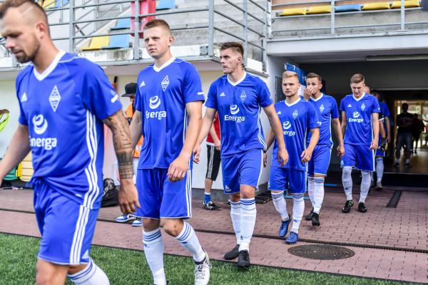 Bałyk Gdynia przed objęciem posady trenera przez Marcina Samborskiego, w trzynastu meczach III ligi zdobył 7 bramek, a w jego debiucie 4. Szkoleniowiec zamierza przywrócić biało-niebieskim radość z gry i zacząć zbierać punkty.