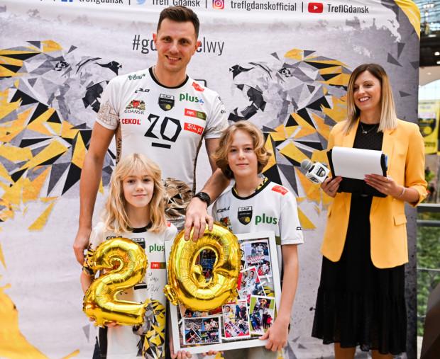 Najbliższy sezon będzie jubileuszowym dla Wojciecha Grzyba. Siatkarz Trefla Gdańsk zagra po raz 20. w PlusLidze.