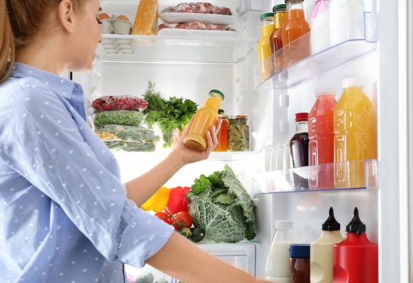 Idea jadłodzielni jest prosta: to udostępnienie ogólnodostępnej lodówki, z której może korzystać każdy.