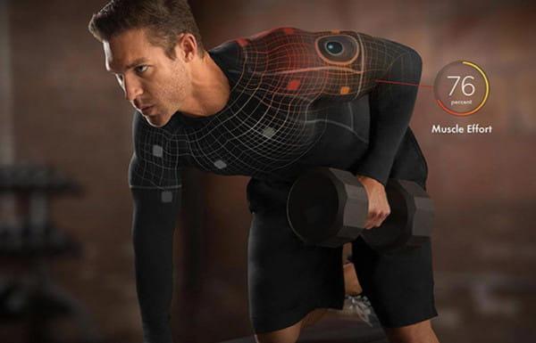 Inteligentna odzież ma pomagać nam w treningu i przekazywać informacje o efektach i postawie ciała.