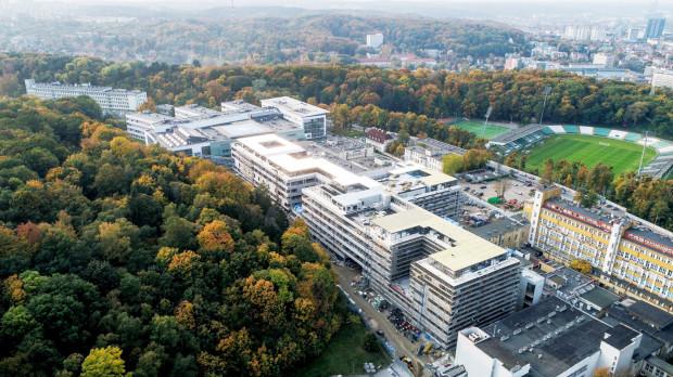 Gdański Uniwersytet Medyczny wraz z Politechniką Gdańską znalazł się w zaszczytnym gronie 10 najlepszych uczelni badawczych. Na zdj. Uniwersyteckie Centrum Kliniczne.