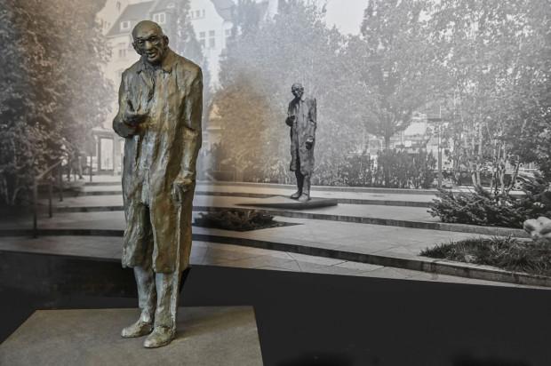 Wykonany z brązu pomnik autorstwa Jacka Kicińskiego zostanie odsłonięty w czerwcu w Sopocie.