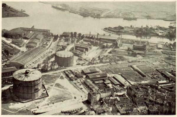 Gazownia miejska na zdjęciu lotniczym z lat 1927-1930.