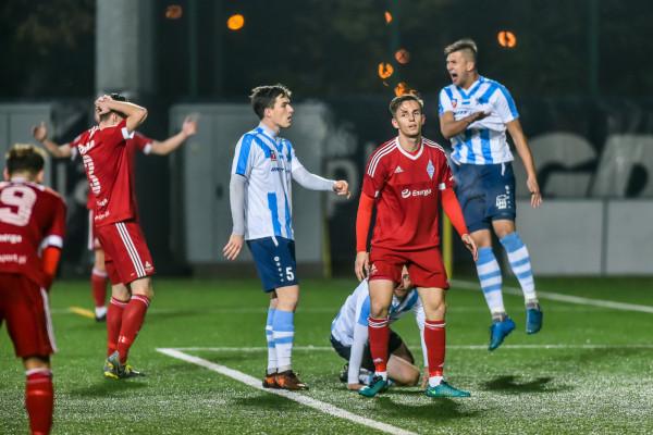 Piłkarze Bałtyku Gdynia przegrali ostatni w tym roku mecz przed własną publicznością.