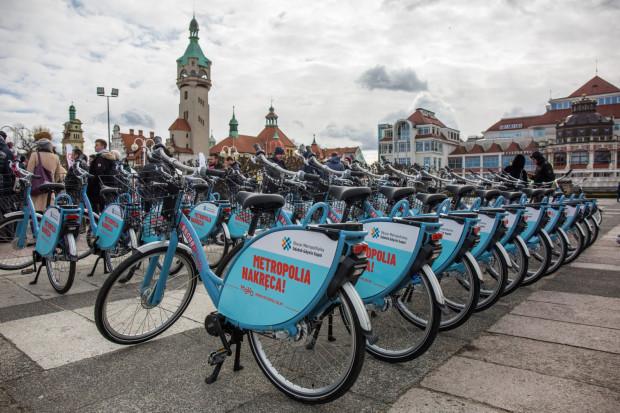 Dr Tomasz Larczyński stawia pytanie: czym ma być rower miejski: uzupełnieniem transportu publicznego czy równoległym systemem pełnowymiarowej komunikacji miejskiej?
