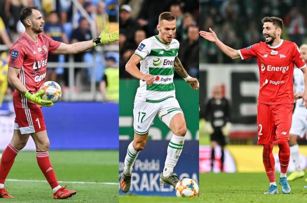 Pavels Steinbors (z lewej), Lukas Haraslin (w środku) i Filip Mladenović (z prawej) znaleźli się w kadrach swoich reprezentacji na mecze eliminacji Euro 2020.