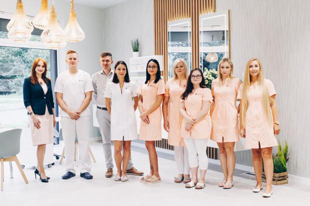 Zespół Synea Medical Day Spa tworzą wykwalifikowani lekarze, fizjoterapeuci i kosmetolodzy.