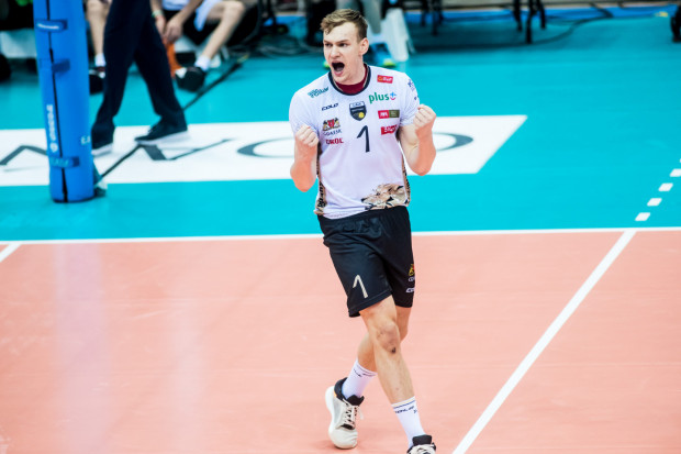 Bartosz Filipiak w dotychczasowych meczach zdobył 74 punkty dla Trefla Gdańsk. To 9. wynik w całej Plus Lidze, choć trzeba wziąć pod uwagę fakt, że atakujący rozegrał o jedno spotkanie mniej, niż pozostali.