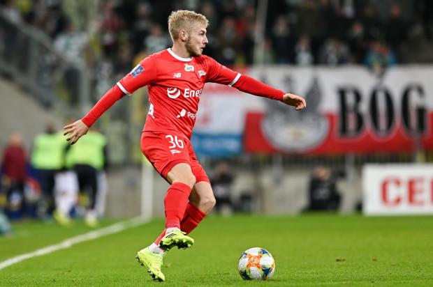 Tomasz Makowski w tym sezonie grał dla Lechii Gdańsk aż na trzech pozycjach. Nominalny środkowy pomocnik w razie potrzeby może grać na obu stronach defensywy.